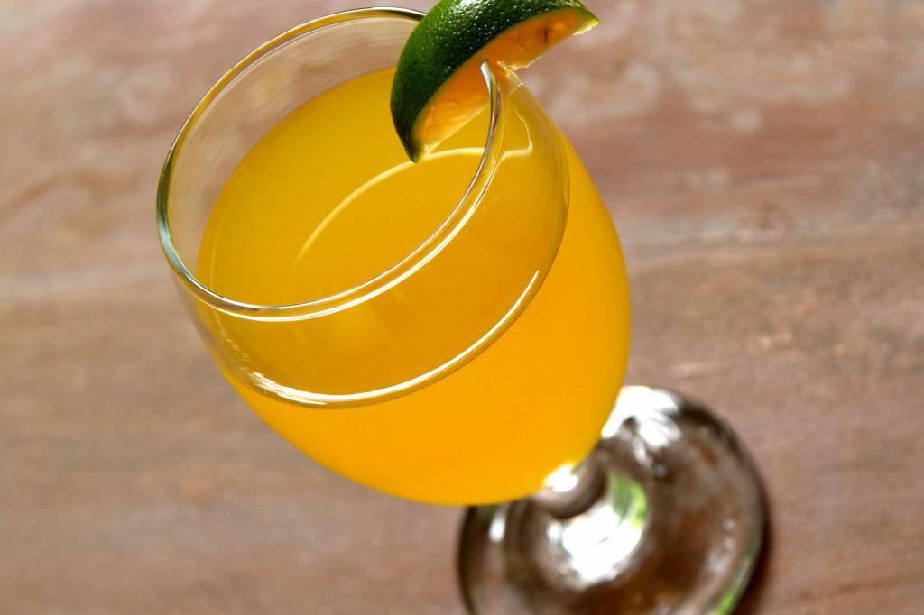 Cocktail mimosa, la ricetta per una bevanda gustosa e profumata