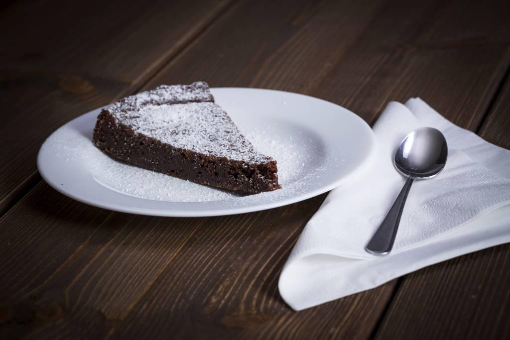 Ricetta Torta Al Cioccolato Senza Lievito.Torta Al Cioccolato Fondente Senza Burro E Lievito Ricette Di Checucino It