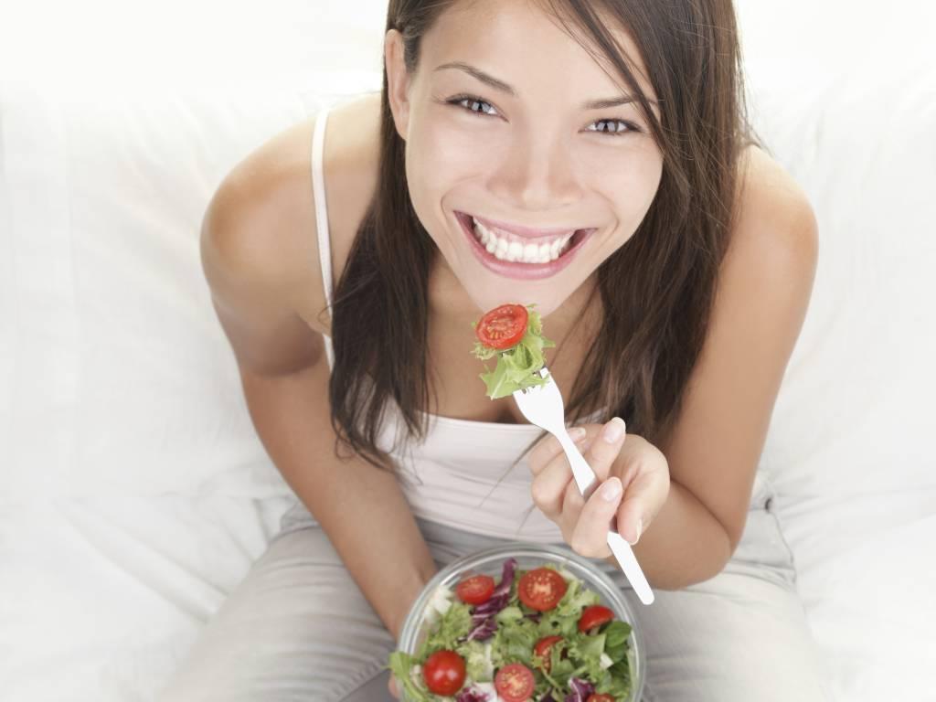 5 Alimenti che le Donne Dovrebbero Mangiare di Piu'