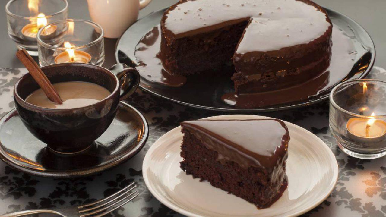 Ricetta Torta Al Cioccolato Glassata.Torta Al Cacao Senza Burro Con Glassa Fondente Ricette Di Checucino It