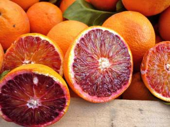 Catania - Mercato: Arancia rossa di Sicilia