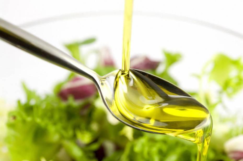 Cibi anti sudore: olio d'oliva
