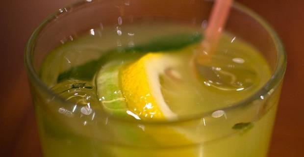Come preparare lo sgroppino al limone, la ricetta veneta passo passo