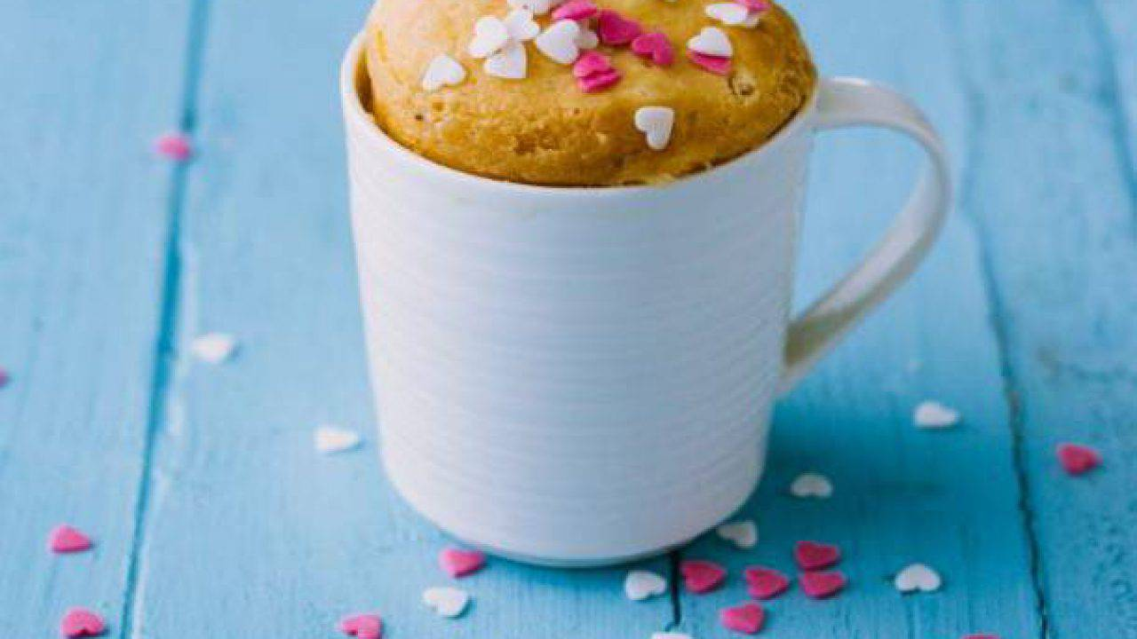 Ricetta Torta In Tazza Senza Uova.Torta In Tazza Light Senza Latte E Burro Pronta In 2 Minuti