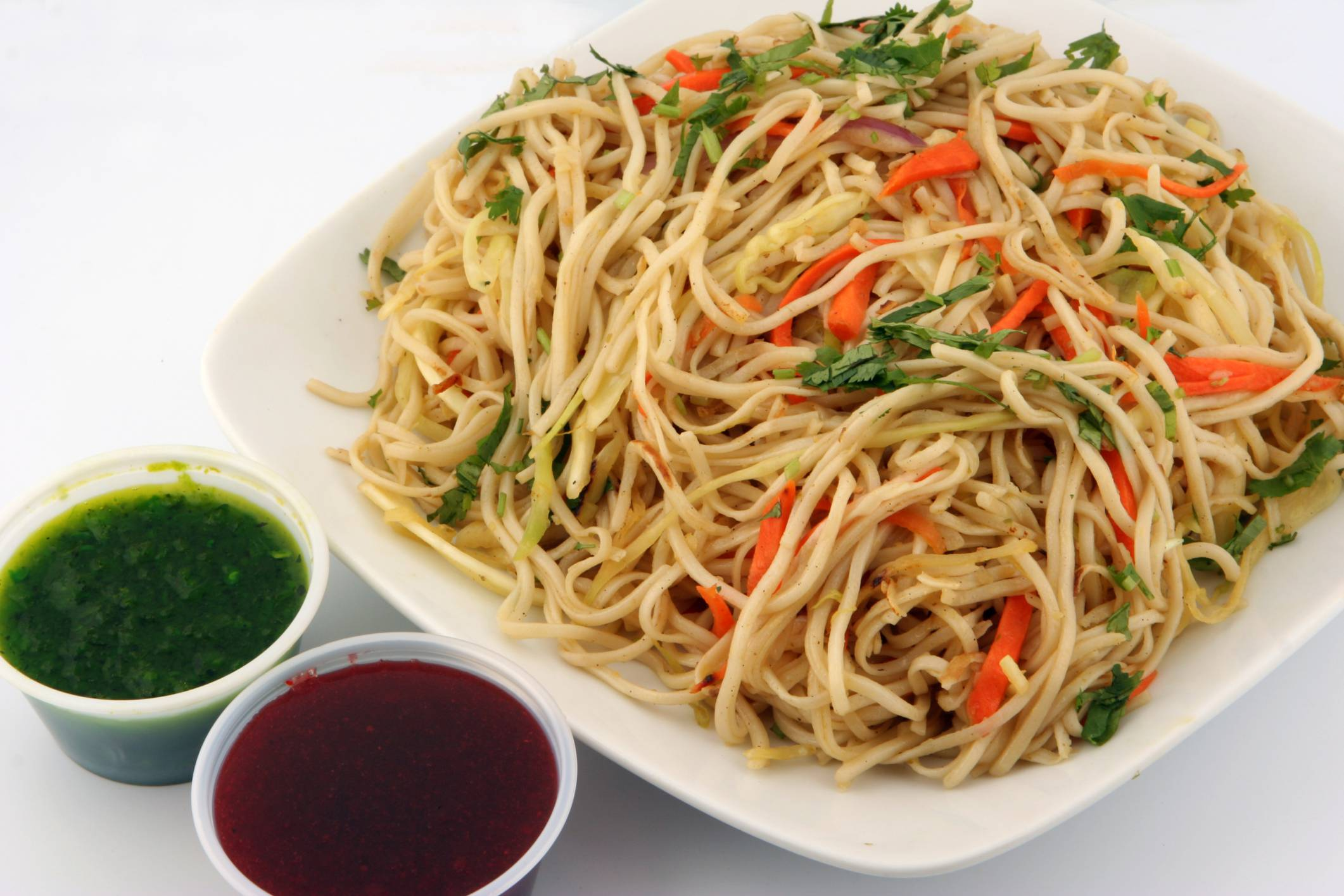 thinkstockphotos 147648763 ingredienti 250 gr spaghetti di riso