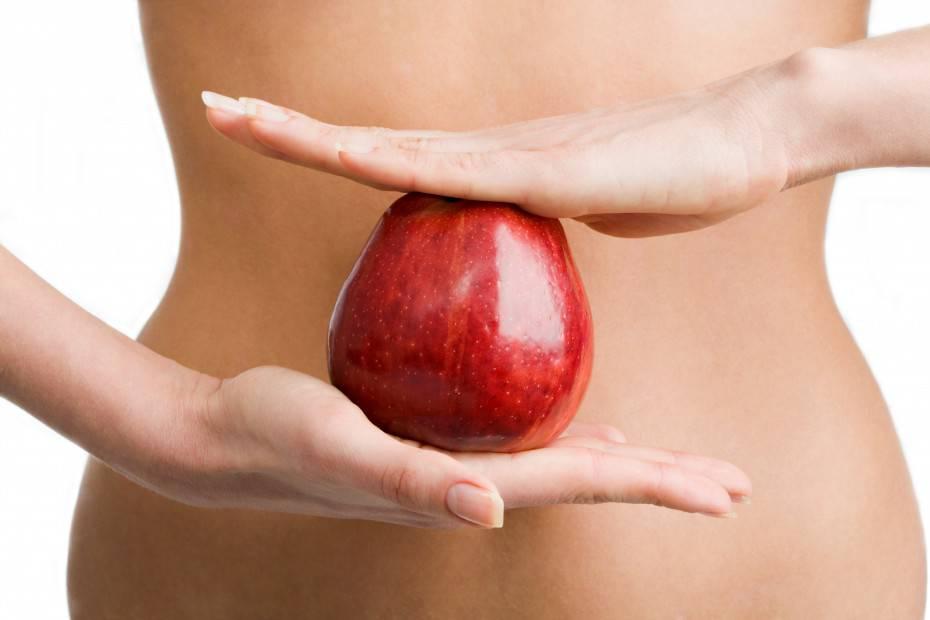 Apple between hands