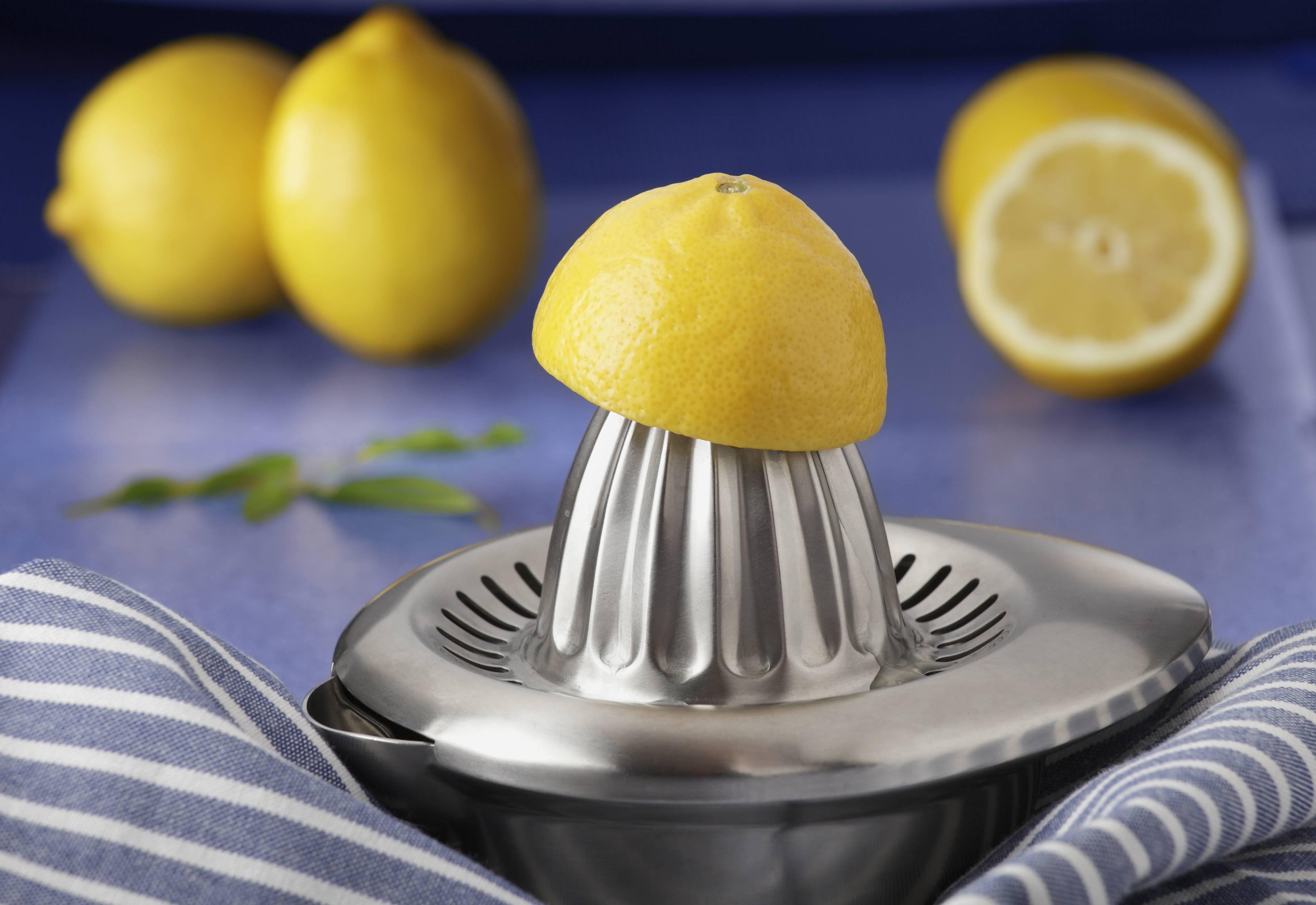 limone a digiuno dacqua per perdere peso