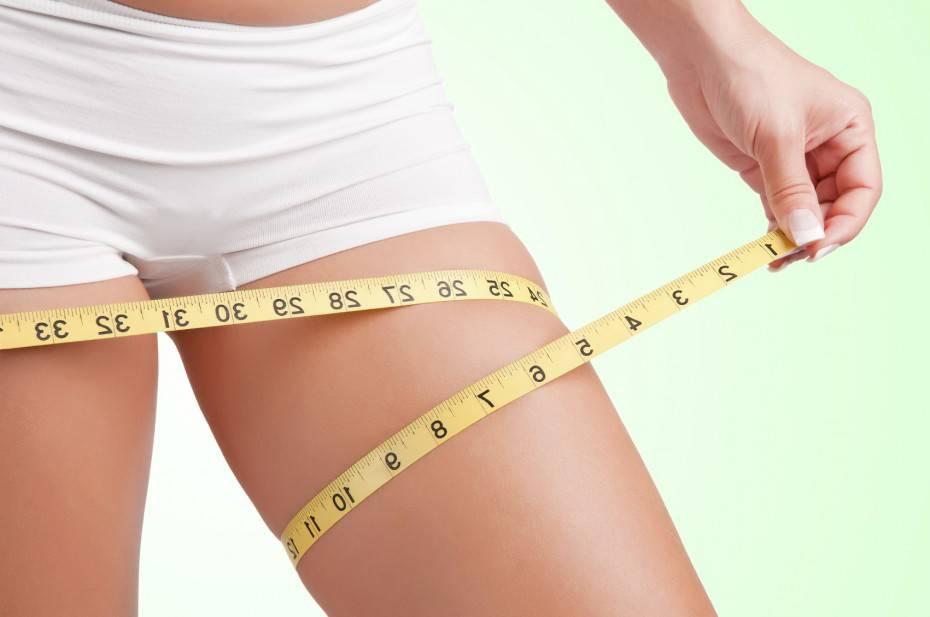 esercizi per bruciare i grassi nelle gambe e nei glutei