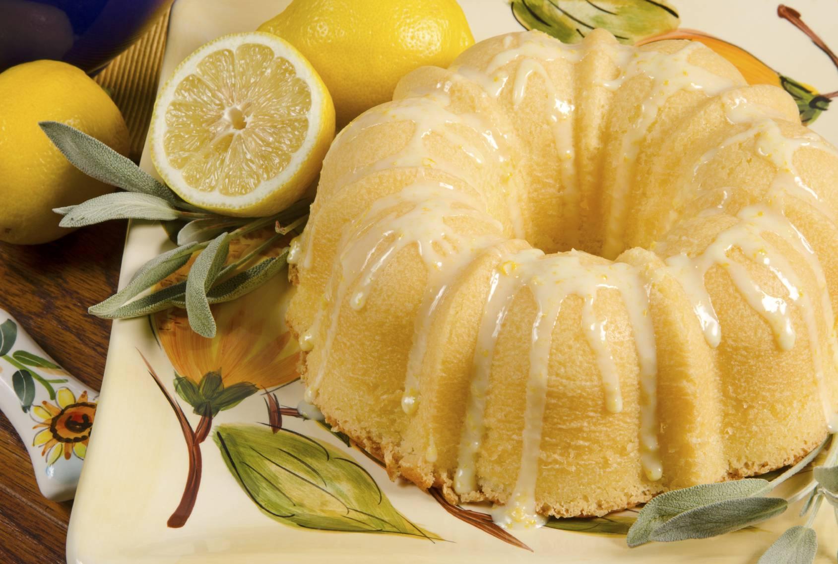 Ciambellone 12 cucchiai al limone