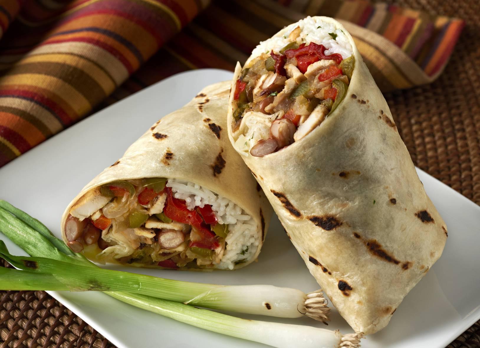 Burrito di pollo e guacamole
