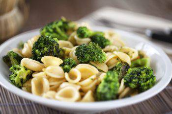 pasta broccoli crescenza