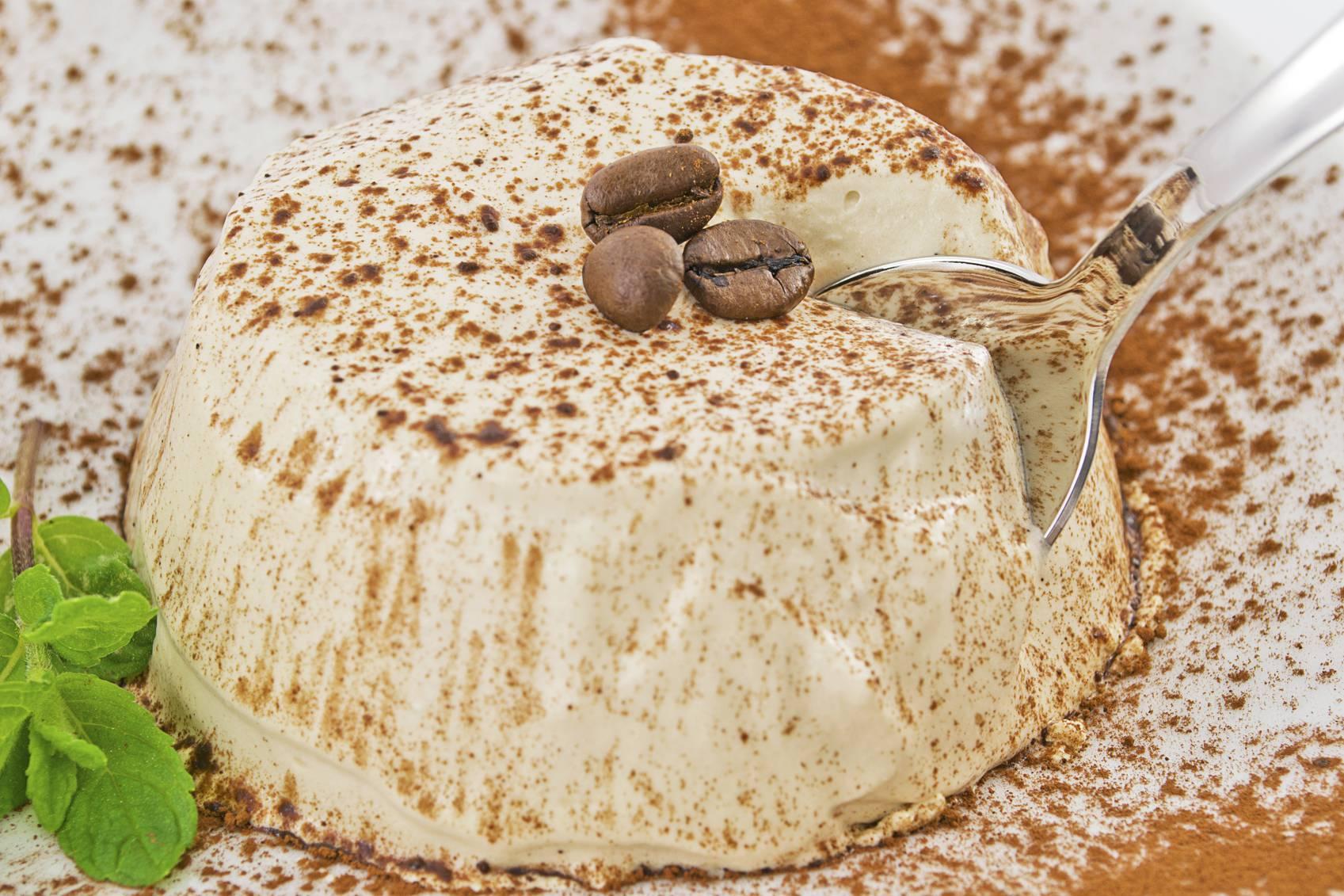 Semifreddo al caffè senza uova, un dessert pronto in poco tempo