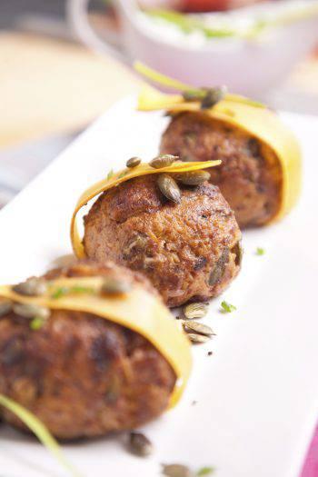 Roasted meatballs with pumpkin seeds