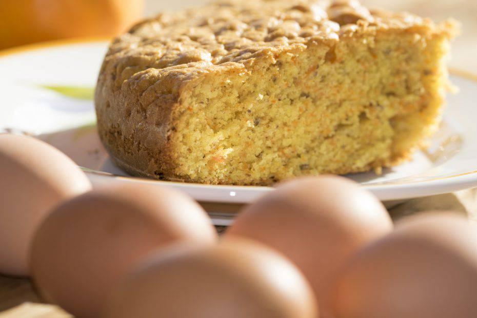 Torta di cachi senza burro: il metodo veloce per un dolce soffice e leggero