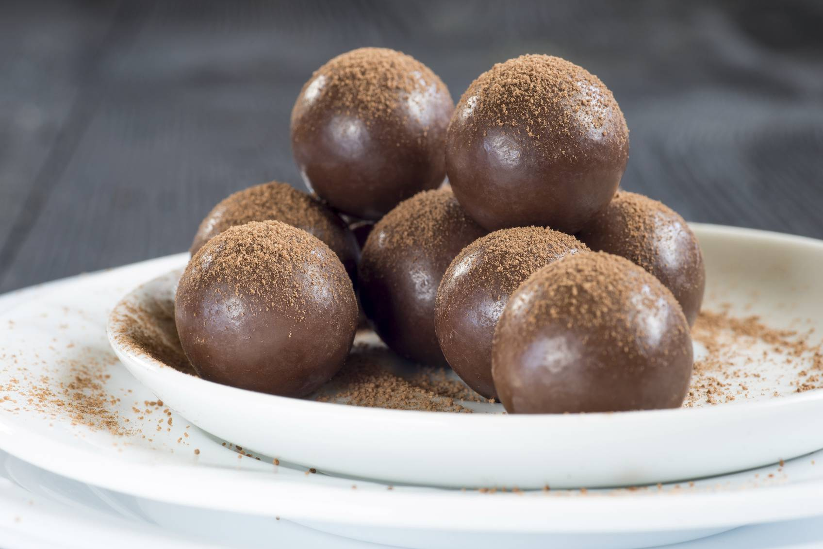 Tartufini ricotta e nutella, un dessert golosissimo senza cottura