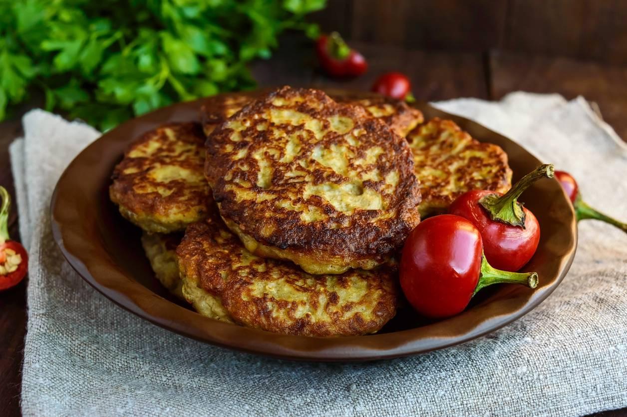 Hamburger di zucchine, la ricetta facile e veloce per prepararli con il Bimby