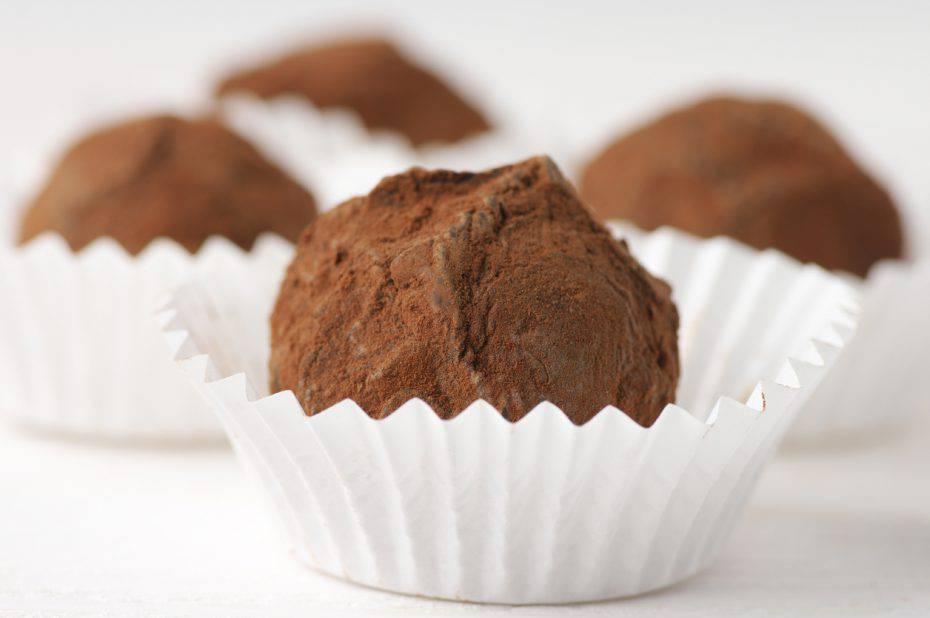 tartufini di savoiardi al cioccolato