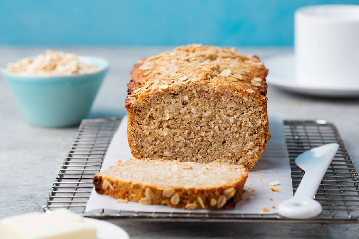 Plumcake all'olio, un dolce soffice e preparato con semplici ingredienti