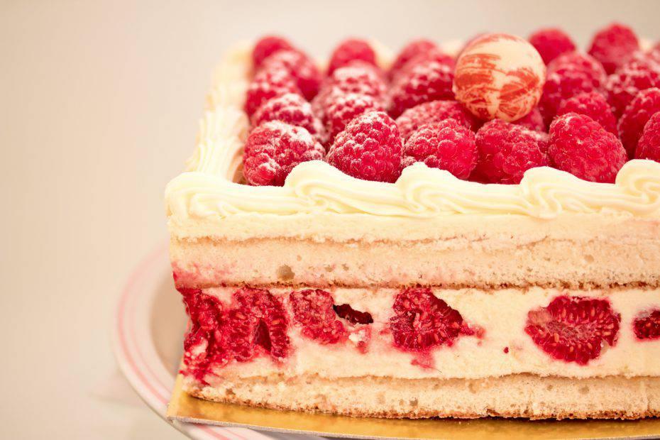 Torta gelato alla frutta ricette di for Ricette di torte gelato