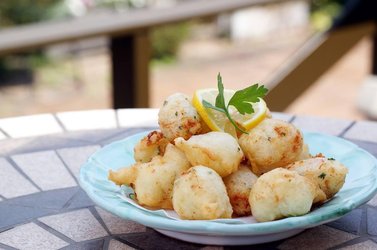 Frittelle salate ricotta e pomodorini, un antipasto sfizioso e veloce