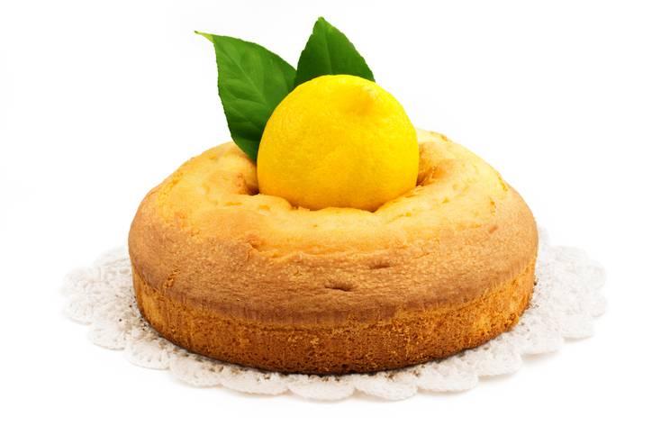Ciambella al limone senza bilancia