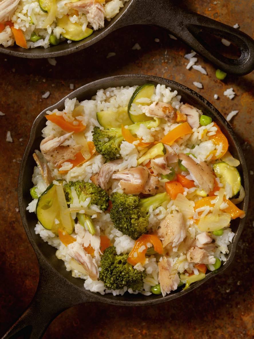 Insalata di riso alla senape, un piatto estivo da portare anche in spiaggia