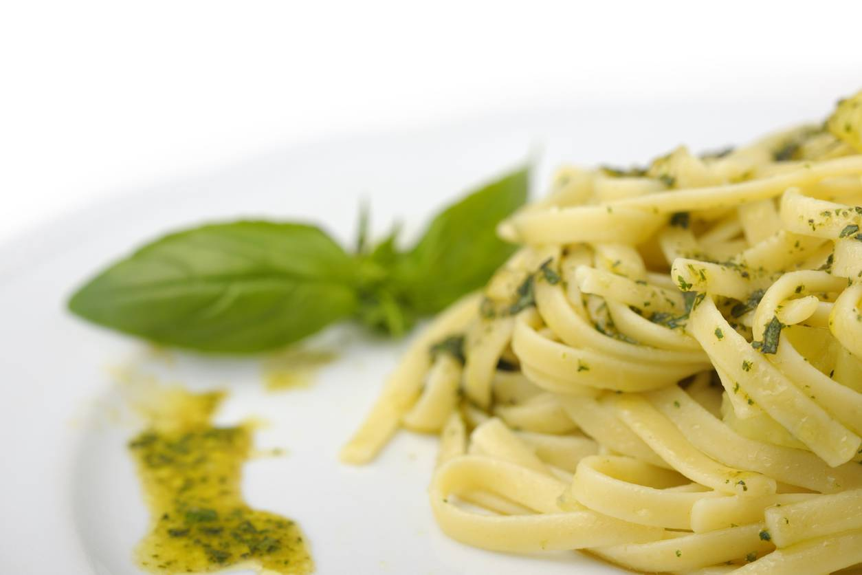 Pasta con crema di zucchine, un piatto leggero e veloce da preparare