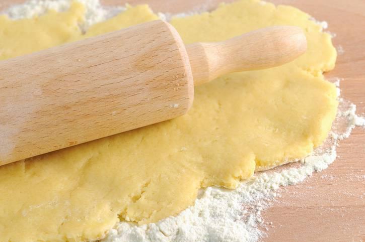 Pasta frolla integrale al limone, per dolci e crostate leggeri e profumati