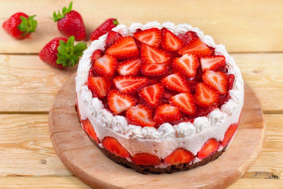 torta soffice light alle fragole