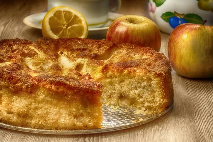 torta 5 minuti alle mele senza burro