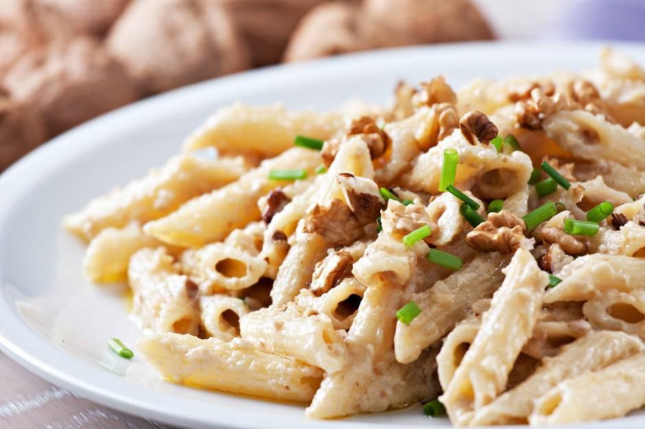 Pasta con Noci e Mascarpone
