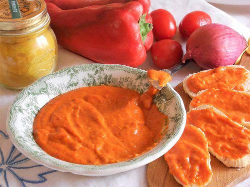 Salsa di peperoni alla curcuma