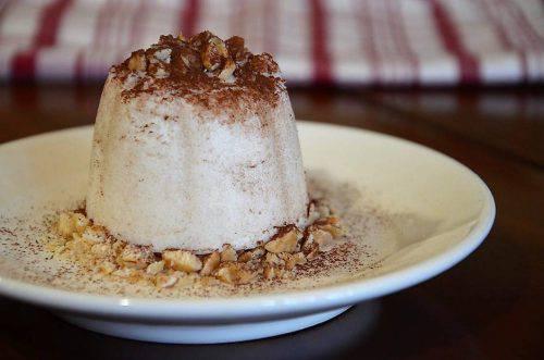 Semifreddo alle Pere con Cacao e Nocciole