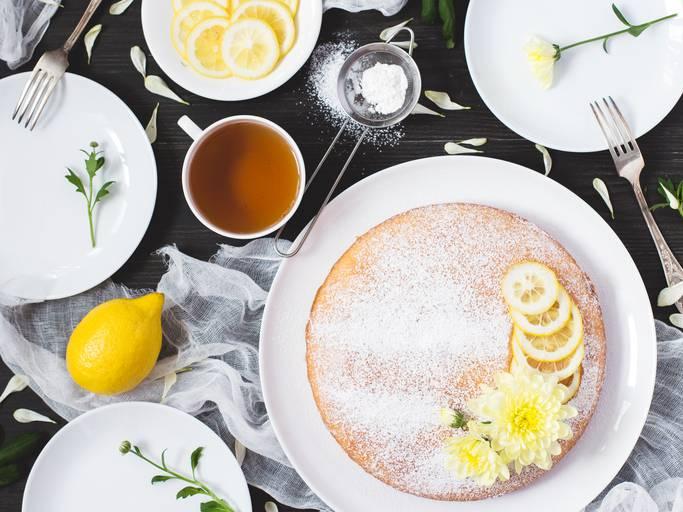 torta al latte caldo e limone