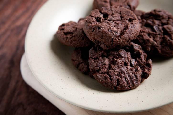 biscotti al cucchiaio al cioccolato