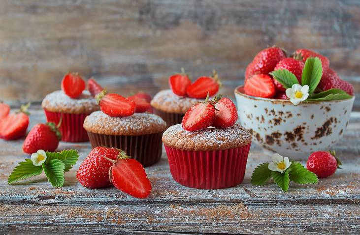 Muffin alle fragole e cereali