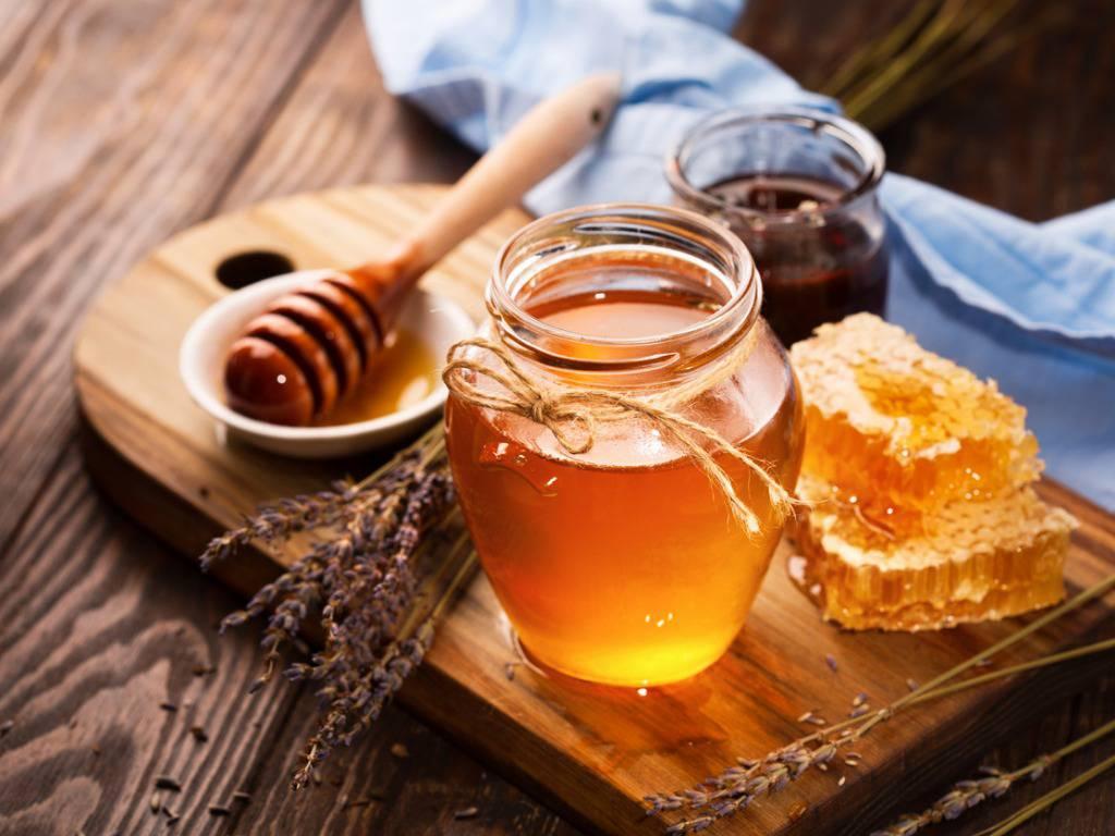 Il miele: prodotto eccellente, ma da utilizzare con moderazione