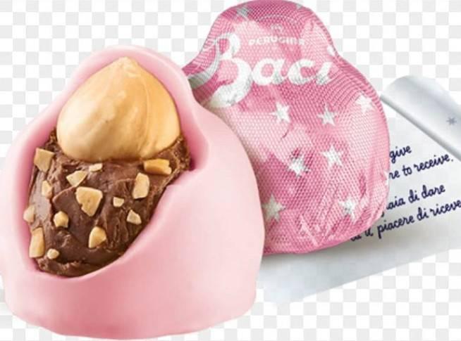 Il bacio Perugina diventa rosa: caccia al cioccolatino