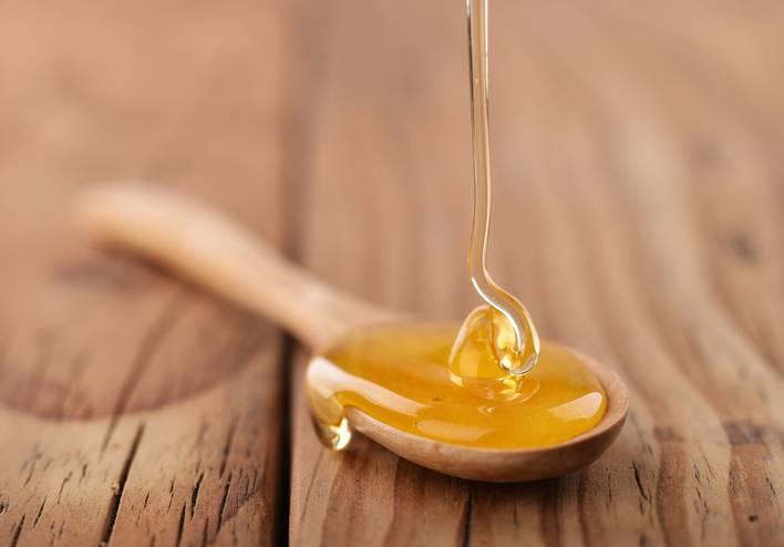 La propoli delle api per curare i malanni e l'influenza
