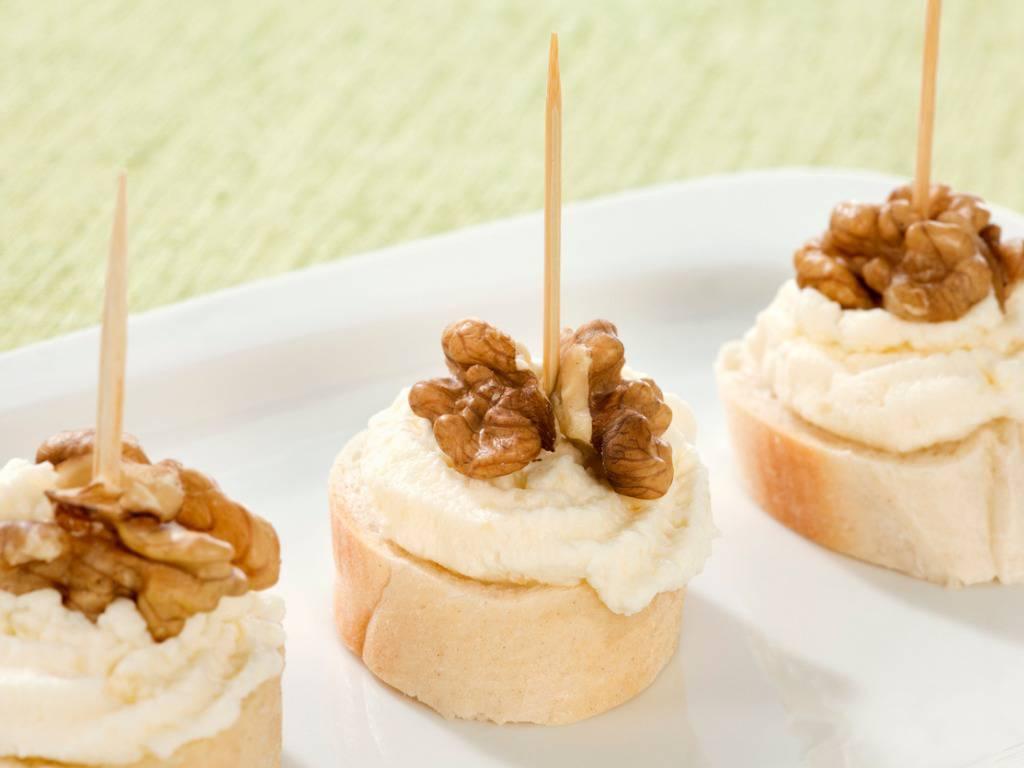 Mousse di gorgonzola, la ricetta per un antipasto sfizioso e gustoso