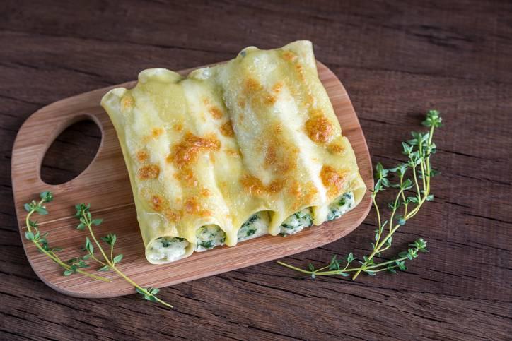Cannelloni ripieni di ricotta e spinaci: un primo piatto semplice e gustoso