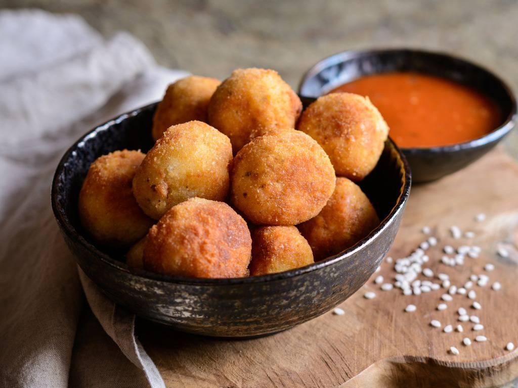 Polpette di patate alla siciliana, un gustosissimo e sfizioso finger food