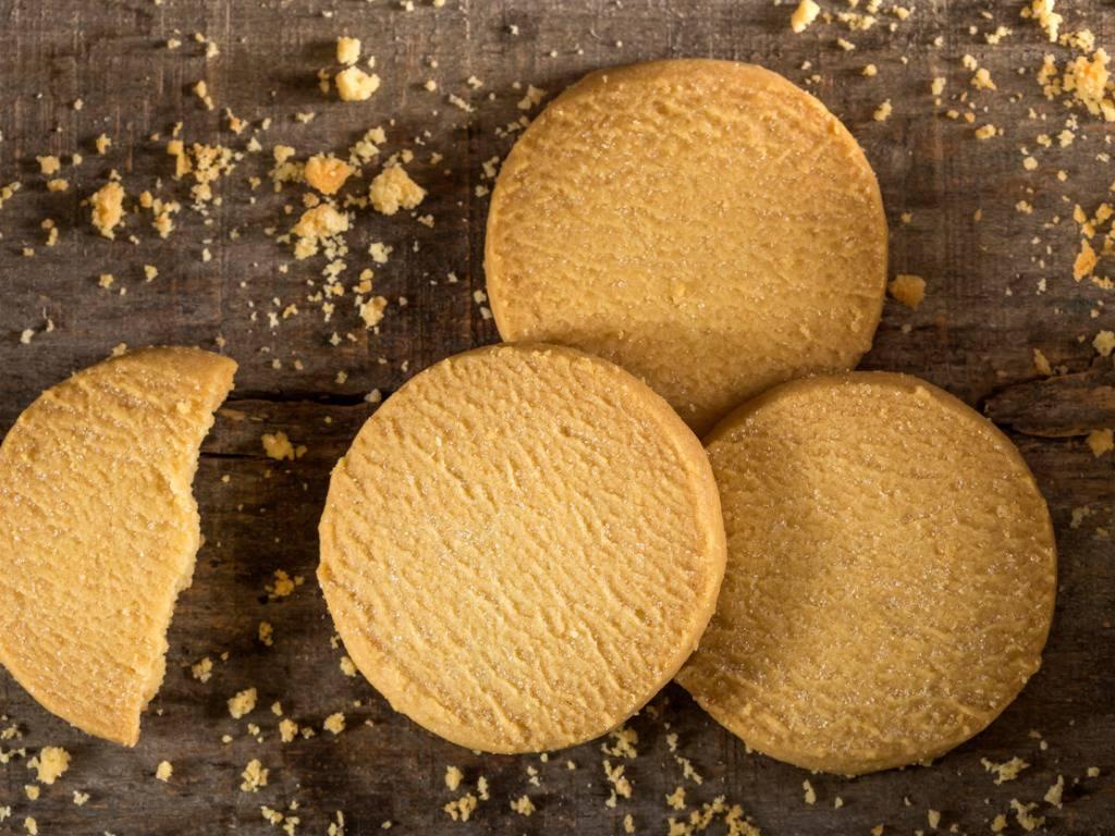 Biscotti panna e cocco, morbidi e profumati per una pausa golosa