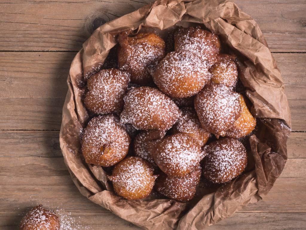 Castagnole al limoncello, la ricetta facile per dei dolcetti profumati e deliziosi