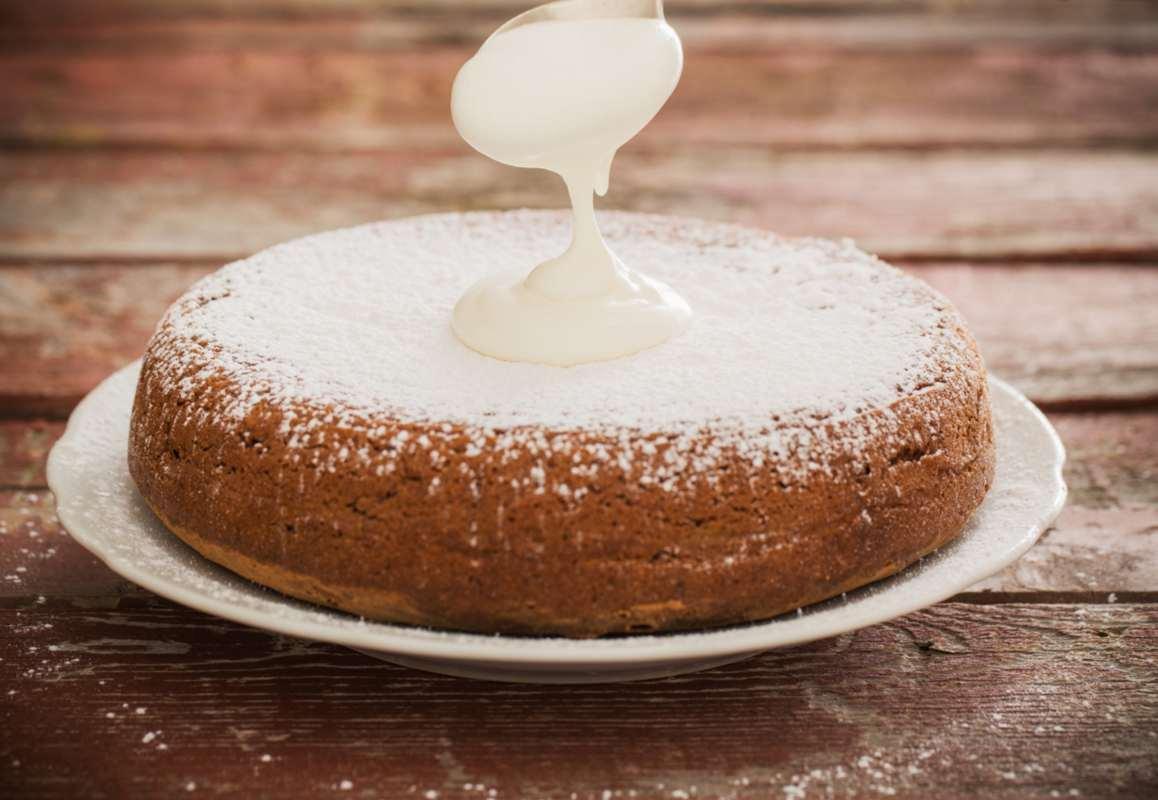 Torta al latte e vaniglia, la ricetta semplice per un dolce super delizioso