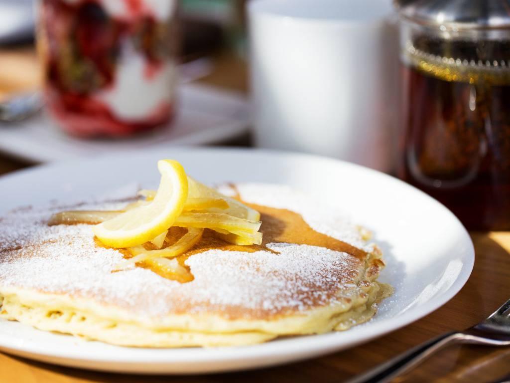 Frittelle profumate al limone, la ricetta passo passo per un dolce irresistibile