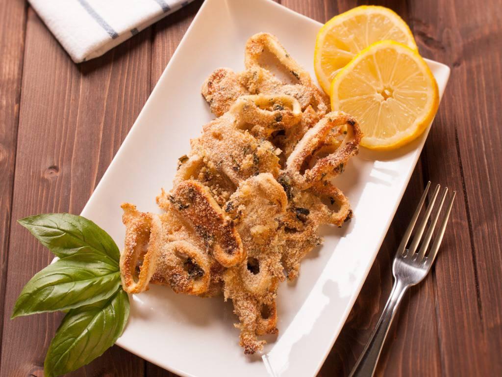 Calamari gratinati, la ricetta per un piatto prelibato dal profumo di mare