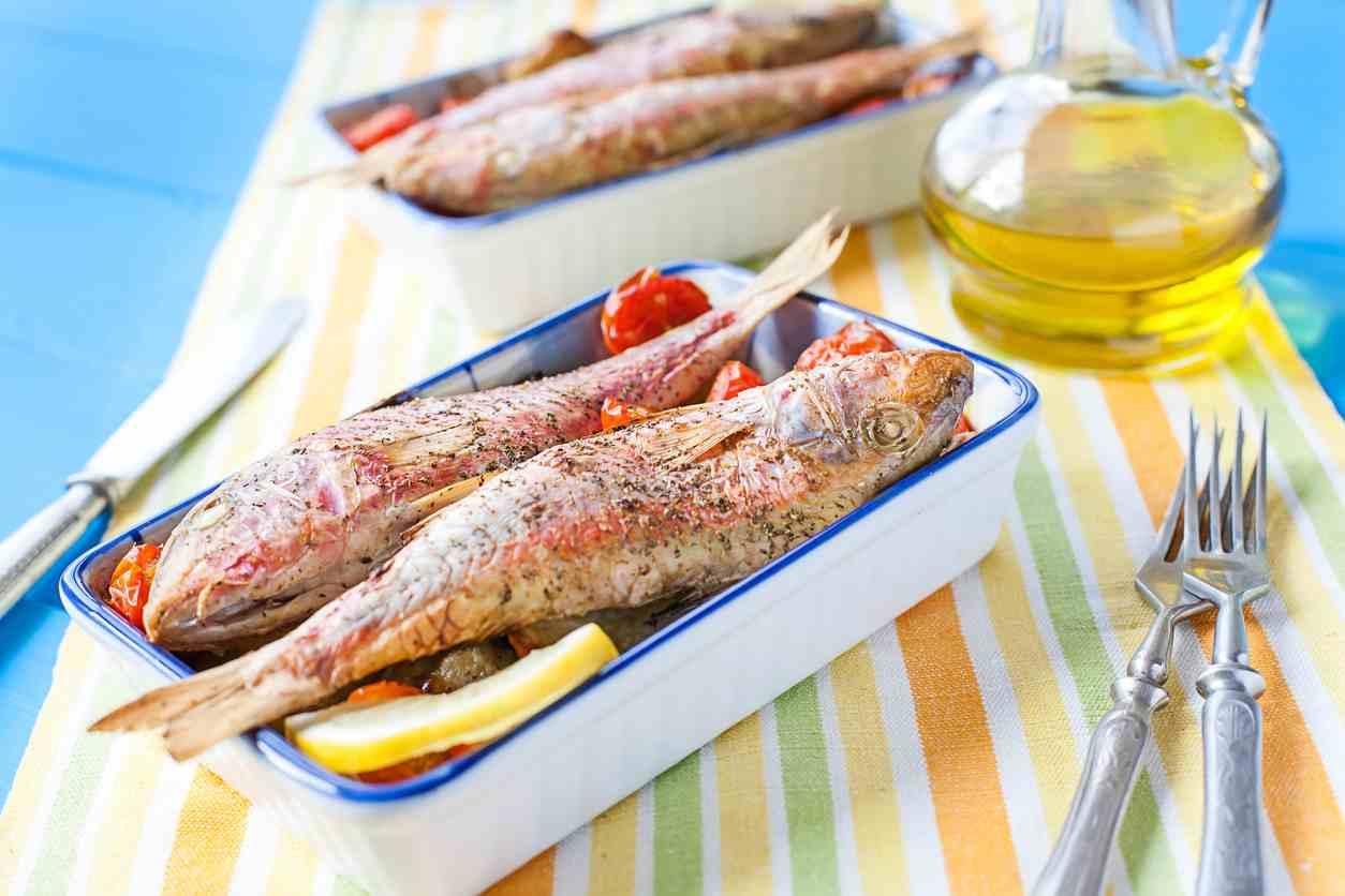 Triglie gratinate, un piatto dal profumo di mare semplicissimo da preparare