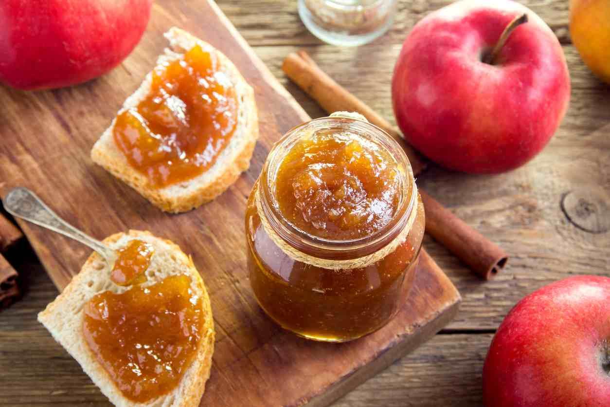 Marmellata di mele, la ricetta semplice per prepararla in casa