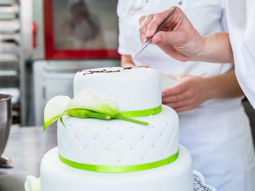 Pasta di zucchero per decorare i vostri dolci, la ricetta semplice e veloce